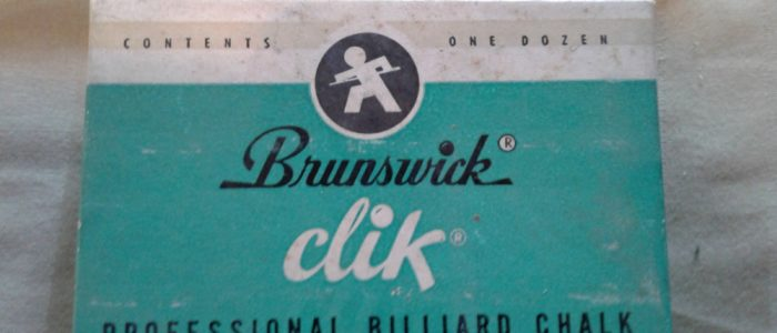 Brunswick Classic Clik Cue Chalk 12 pieces complete with box $75